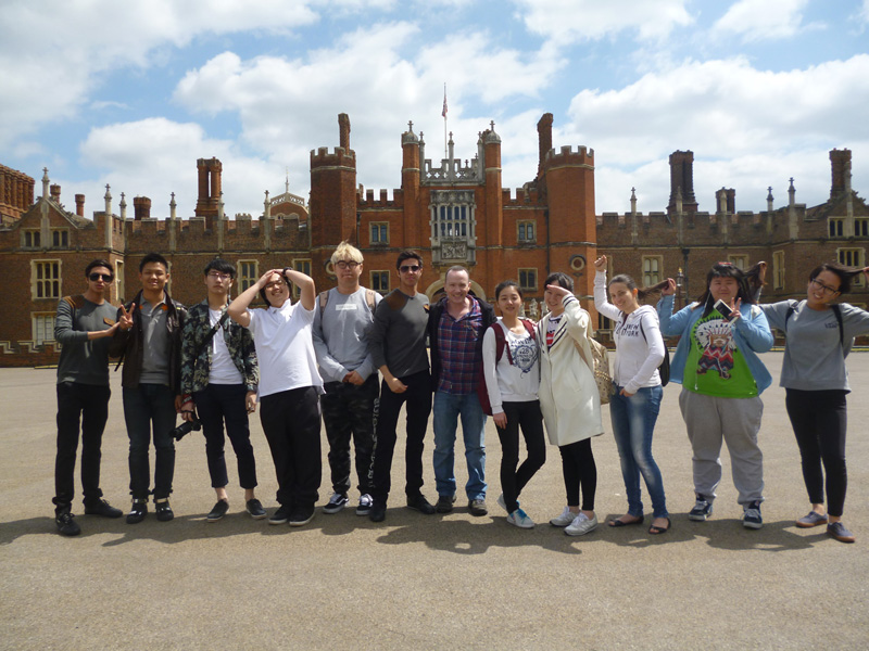 DLD A level history Trip to Hampton Court