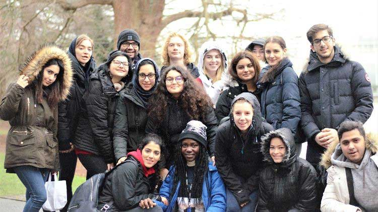 DLD College London Biology Students Visit Kew Gardens