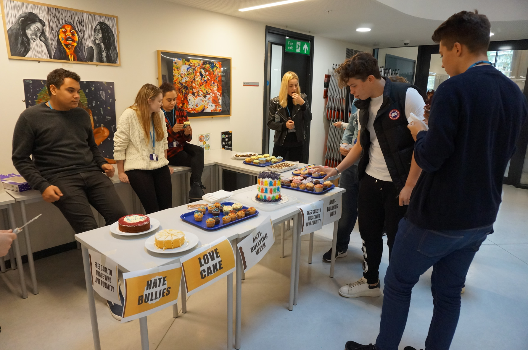 DLD College London Love Cake Hate Bullies Day