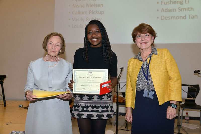 DLD College London Student Tracey Wins Award