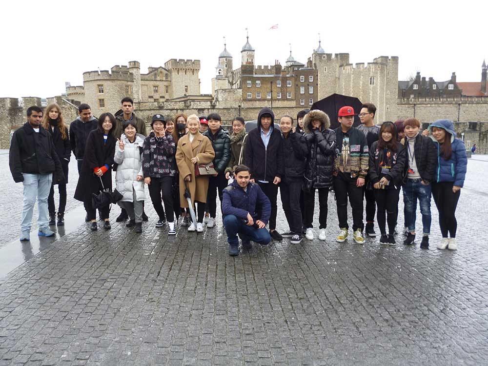 DLD College London Tower of London Pre-sessional Visit