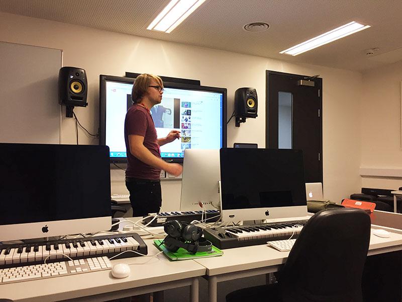 DLD College London BTEC Music Technology Production Workshops