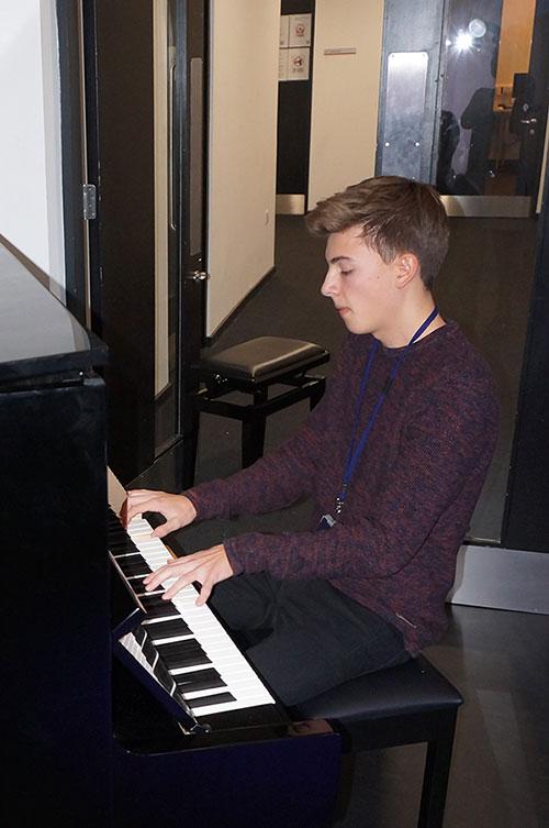 DLD College London Talent Show