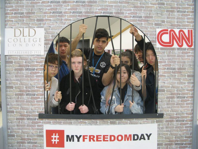 DLD College Students National Day With CNN News